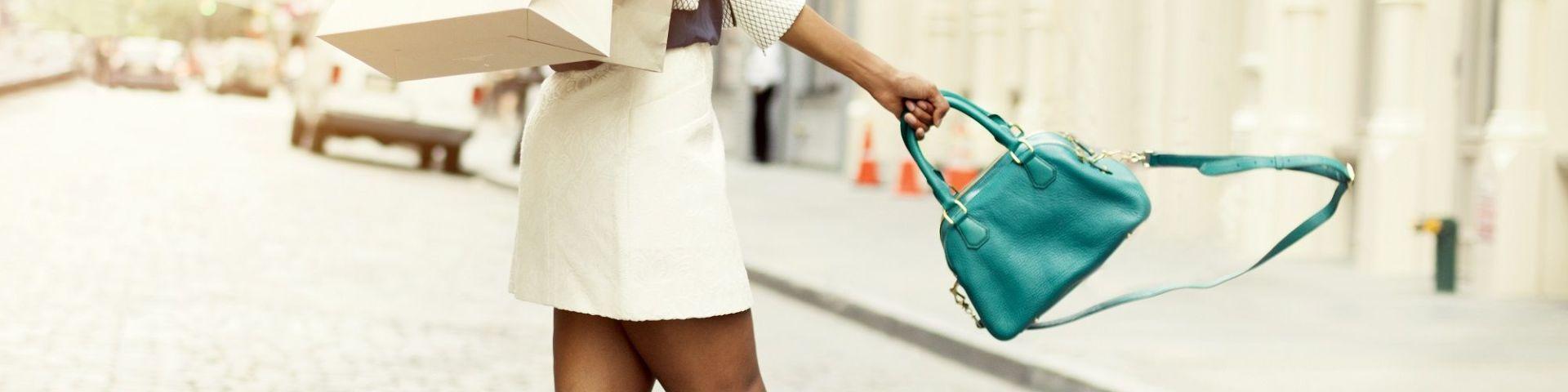 Handtaschenpreise - Reisen mit leichtem Gepäck*